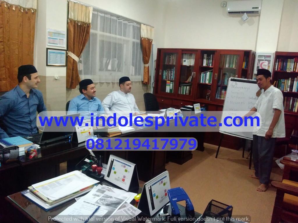 les bahasa indonesia untuk timur tengah